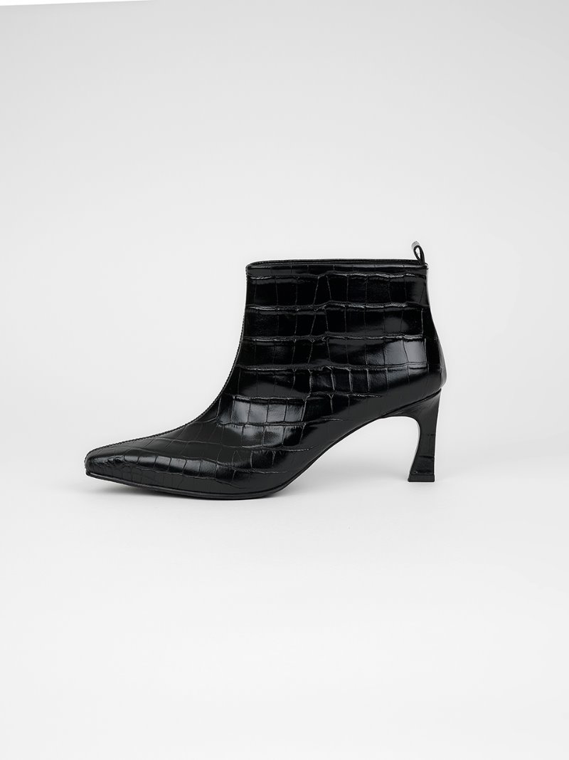 ANKLE BOOTS - CROC BLACK